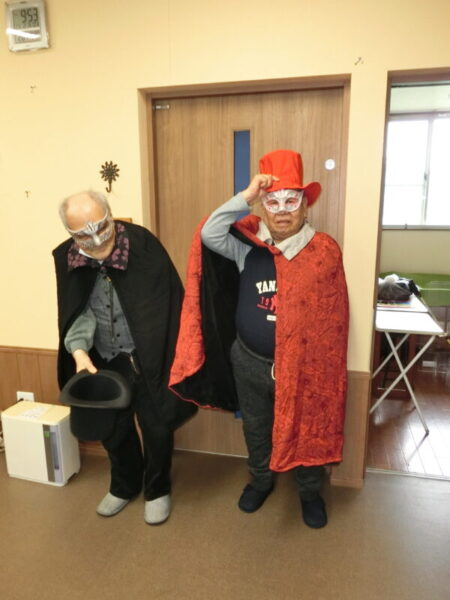 CIMG3021 450x600 - 【レクリエーション】ハロウィン仮装大会2