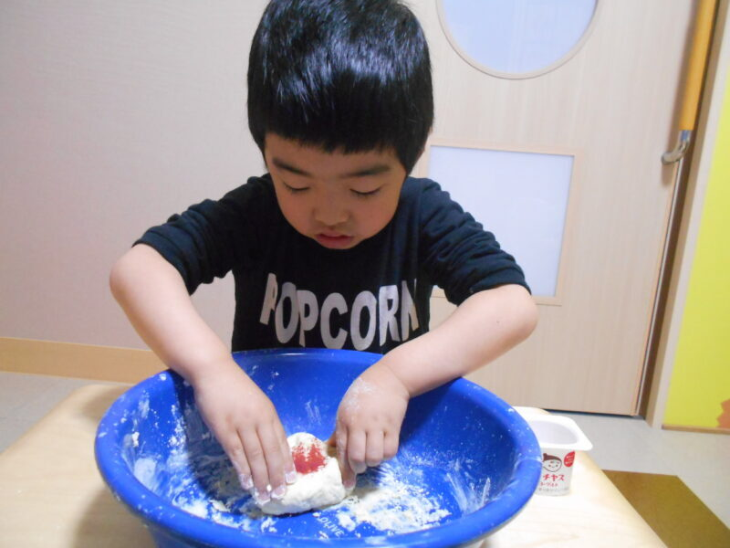DSCN4755 800x600 - 小麦粉粘土☆