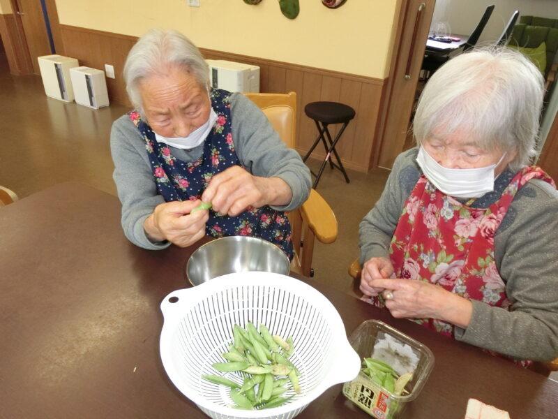 CIMG5907 800x600 - 【園芸】エンドウ豆を収穫しました